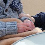 818 300 Pflegebedürftige lebten Ende 2017 in vollstationären Pflegeheimen