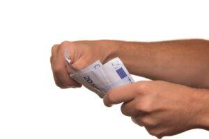 AWO zur KAP: Allgemeinverbindlicher Tarifvertrag und Entlastung durch mehr Personal